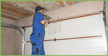 Quality Garage Door, Houston, TX 713-936-4558